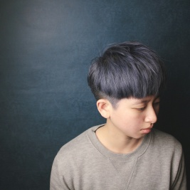 漂髪 特殊色 藍灰色系