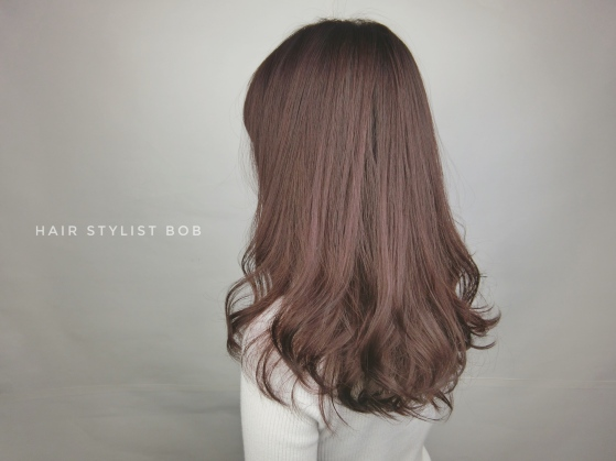 女生 捲髮 大波浪 染髮 粉色